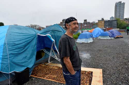 50 Homeless People in Canada Were Given over $5000 Each