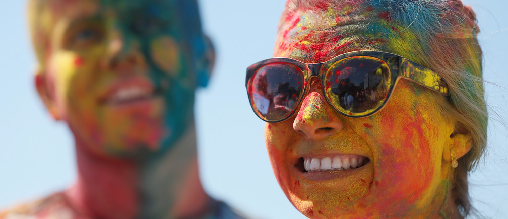 Why Being Close to Someone from a Different Culture Can Improve Your Creativity