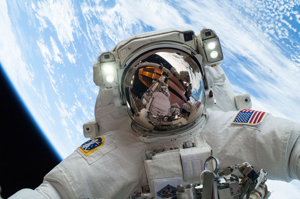 5 Tips NASA Astronauts Use When Living in 'Confinement' in Space to Stay Happy and Productive