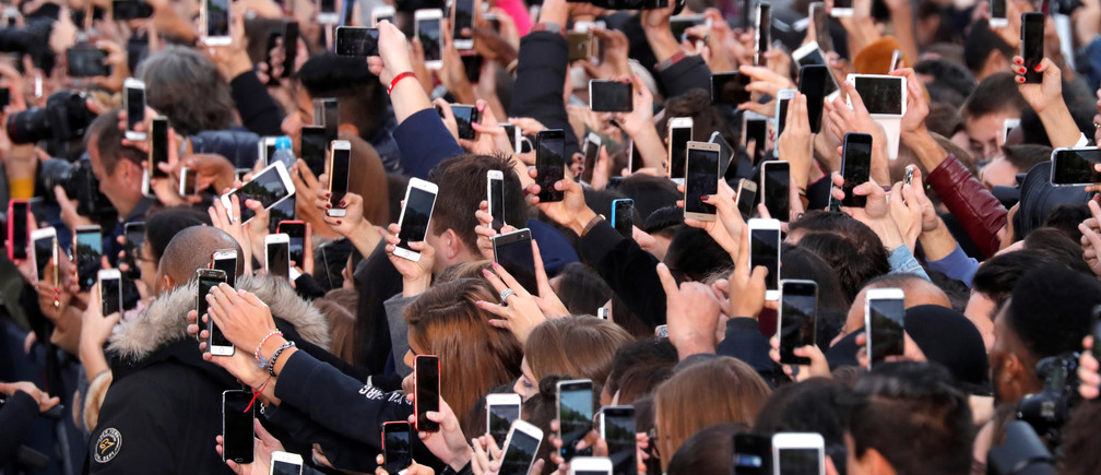 These are the Countries Where Most Adults Still don't have a Smartphone
