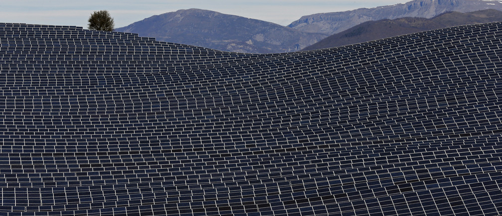 In the US, Jobs in the Solar Industry Grew Nearly 25% Last Year